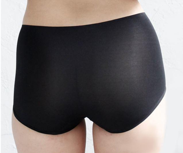 女性用シルク製 縫い目のがないパンツはゴムの跡がつかないです