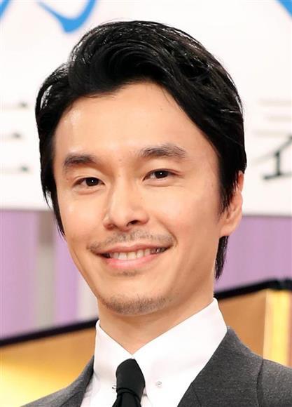 長谷川博己さんナチュラルな眉毛を紹介しています