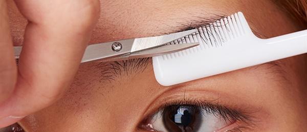 男性の眉毛の整え方の手順3